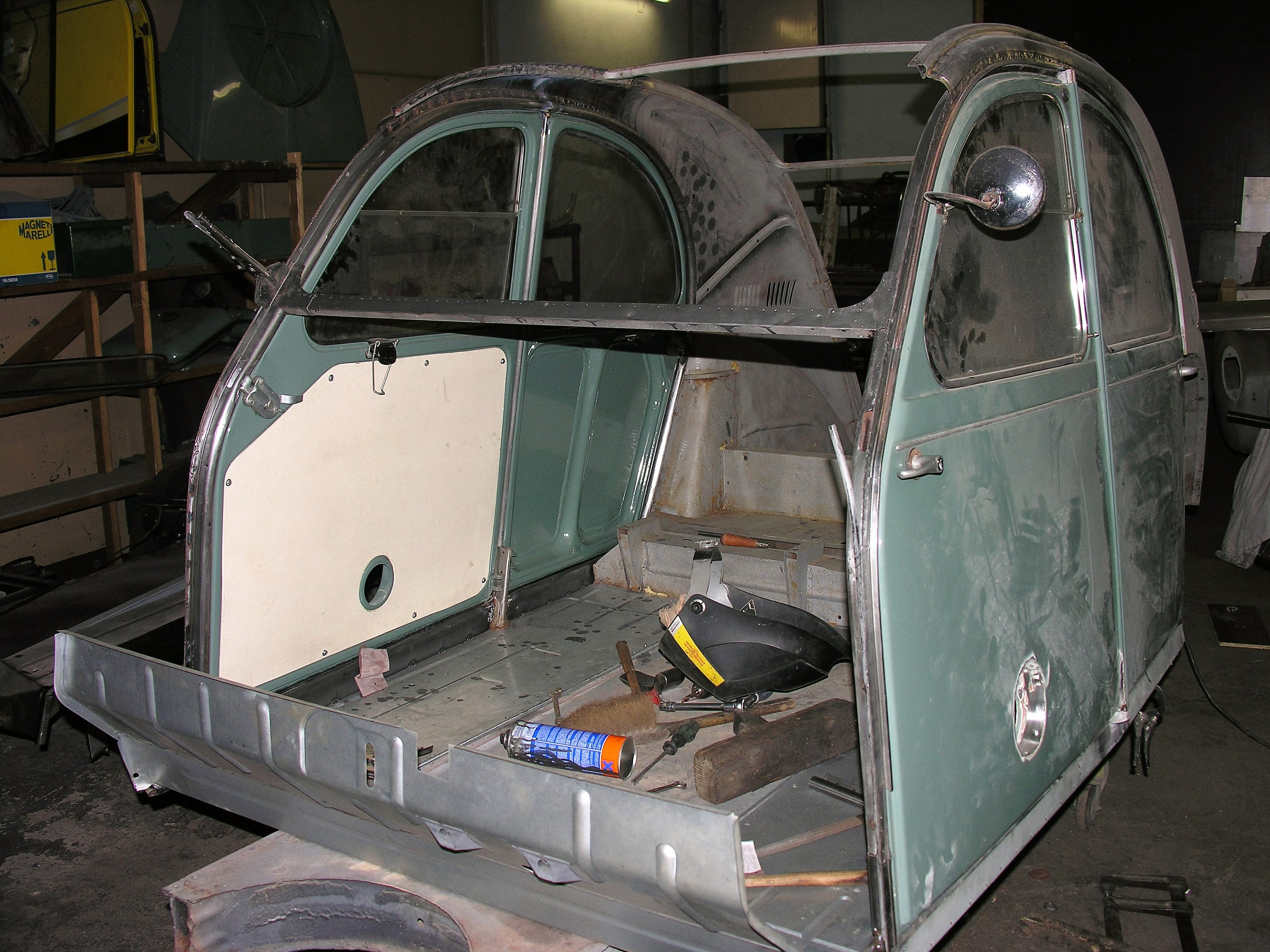 photo restauration 2cv